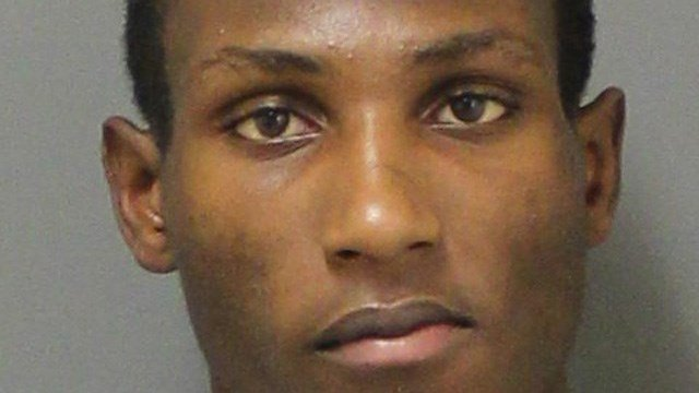 Trayvon Foster was charged with robbing two restaurants at a North Haven rest area. (State police)