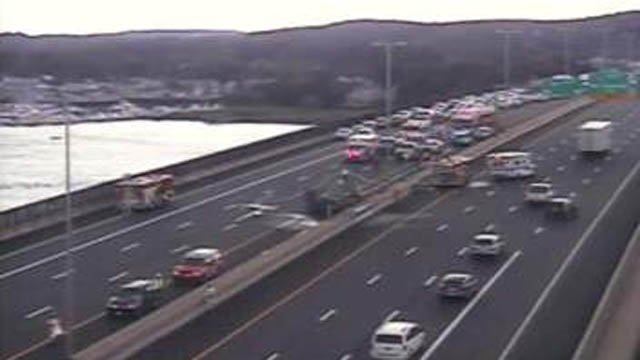 car fire closes i-95 north in old saybrook