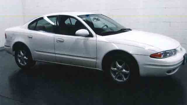 Police said this is the suspect make/model of the vehicle involved in this hit and run (CT State Police)