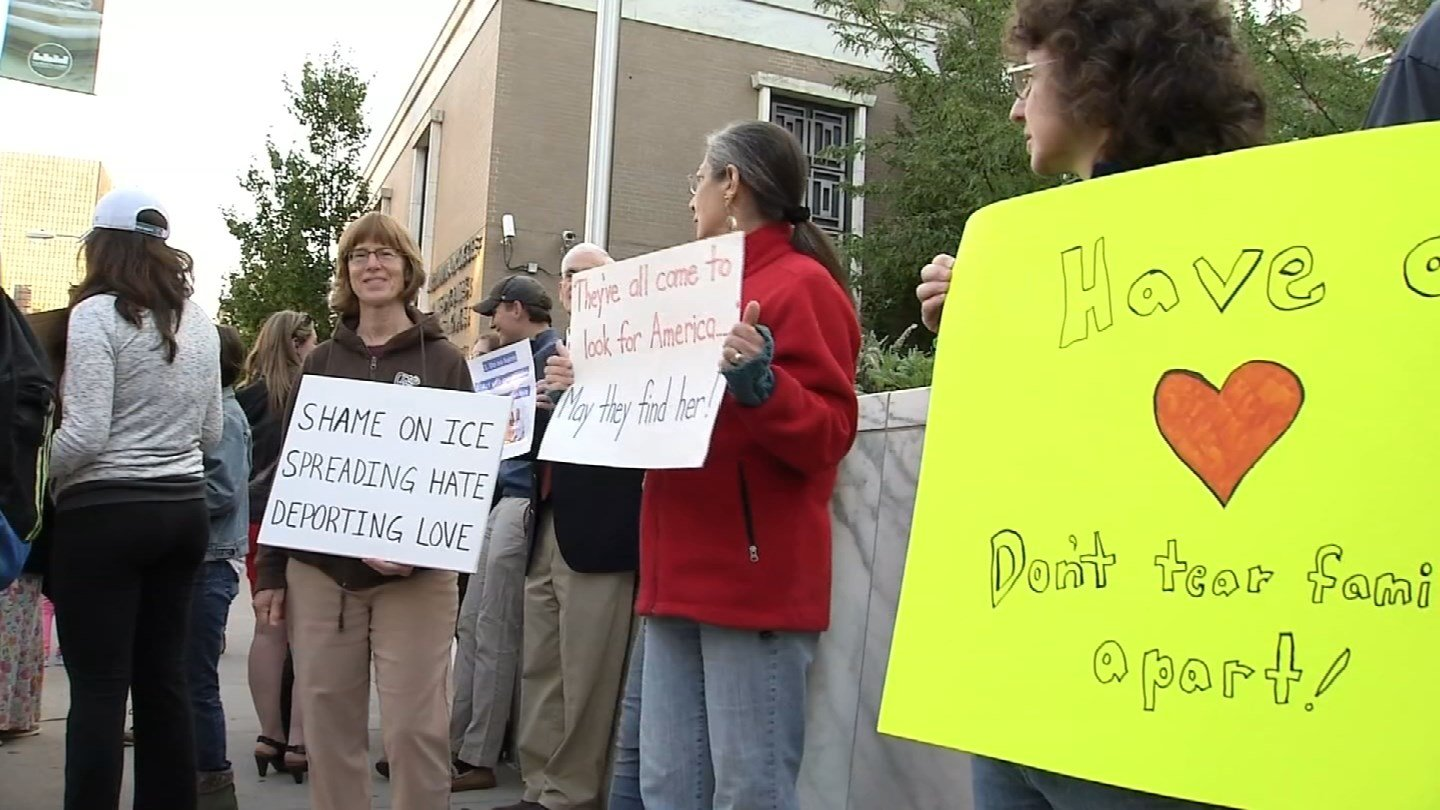 Activists rallied in Hartford behind Franklin and Gioconda Ramos of Meriden, who are fighting deportation. (WFSB)