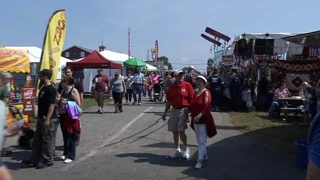Crowds spent a beautiful Labor Day at the Woodstock Fair (WFSB)