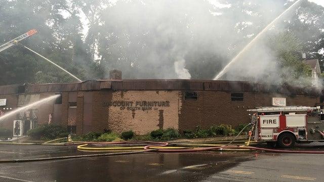 Furniture Store Fire Burns In Waterbury Wfsb 3 Connecticut