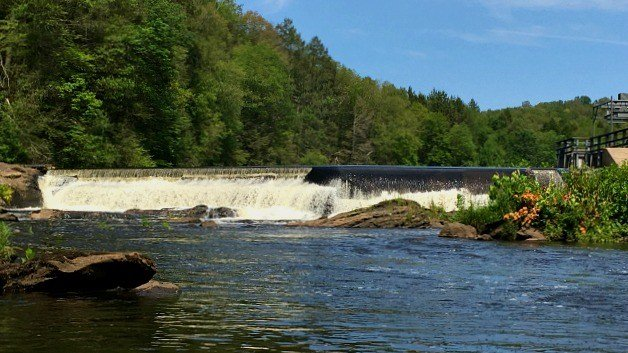 The Falls at Leesville Dam