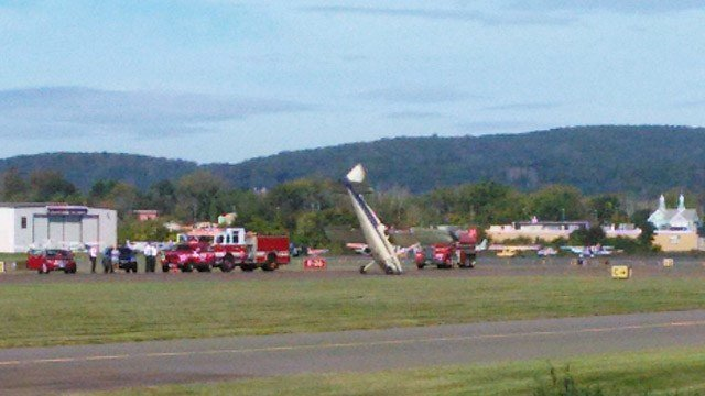 No injuries were reported in this Danbury plane crash. (Jeremy M./iWitness photo)
