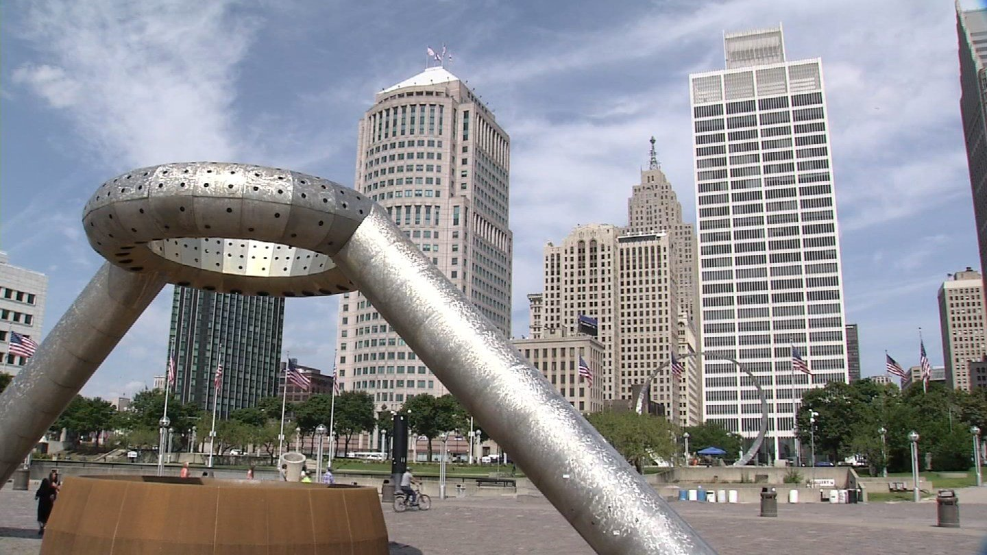 Two judges who helped steer Detroit out of bankruptcy said Hartford should just get it over with. (WFSB)