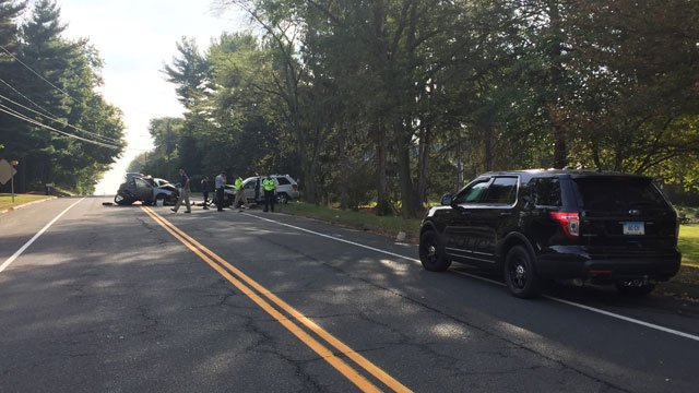 Cheshire police are investigating a serious crash on Yalesville Road. (WFSB)