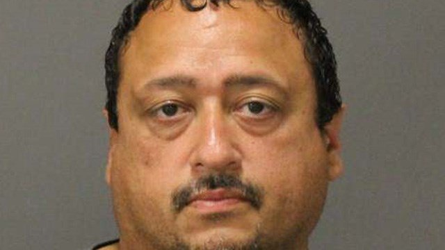 Robert Bailey is accused of stealing from LA Fitness lockers across the greater Hartford area. (Farmington police)
