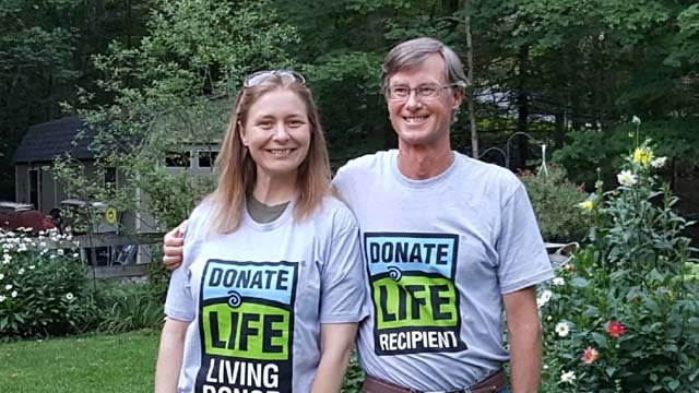 Heather Harris gave Mark Stiber the gift of life when he needed a liver transplant (WFSB)