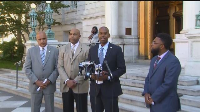 Democrats announce their support for Gov. Dannel Malloy's state budget veto. (WFSB)