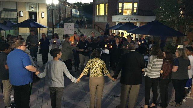 A vigil for the victims of the Las Vegas shooting was held in West Hartford. (WFSB)