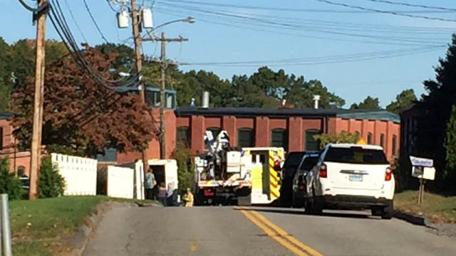 A gas line was struck and forced the evacuation of an apartment complex on Addison Road in Glastonbury. (WFSB)
