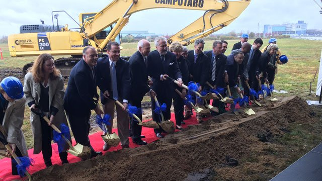 Lawmakers and city officials were on hand for the ground-breaking ceremony. (WFSB)