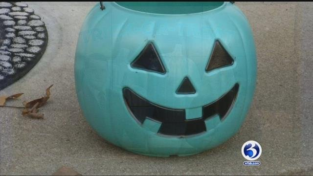 Teal pumpkins are trying to make trick-or-treating less tricky for kids with food allergies. (WFSB)