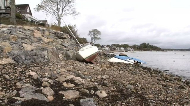 A couple of boats broke their moorings overnight and slammed up against the rocks along the Connecticut shoreline. (WFSB)