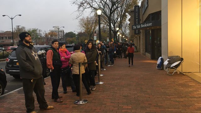 Lines formed in New Haven in anticipation of the iPhone X's release. (WFSB)