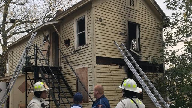 Firefighters were called to a fire on Eastern Avenue in New London on Wednesday morning. (@MEP41, Mayor Michael Passero)