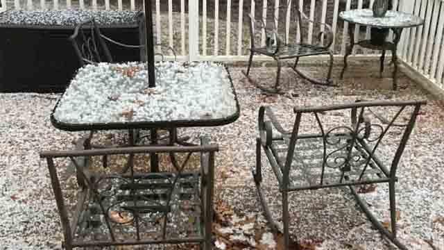 Hail seen by Bill Collins (Bill Collins)