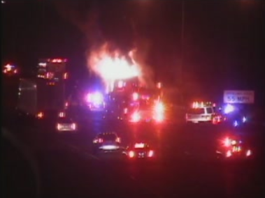 Peter Pan bus fire closes lanes on 91NB in Wethersfield
