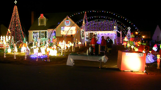 Plainville home aglow with holiday lights for a special reason (WFSB)