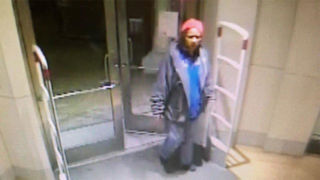 Police are searching for woman who stole jeans from the GAP. (Hamden Police Department)