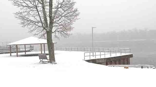 A blanket of snow in Middletown (WFSB)