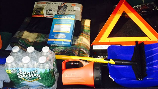 AAA explained the items you need in your car emergency kit. (AAA)
