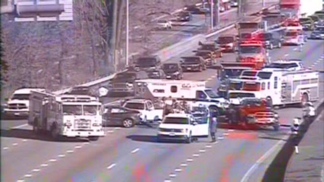 Crash on I-91 south in New Haven is causing delays (CT DOT)