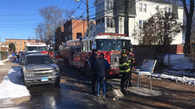 Crews braved the cold to battle a fire in Hartford Thursday morning (WFSB)