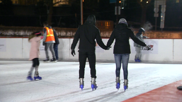 Ice skaters in Hartford take to the rink despite the cold (WFSB)