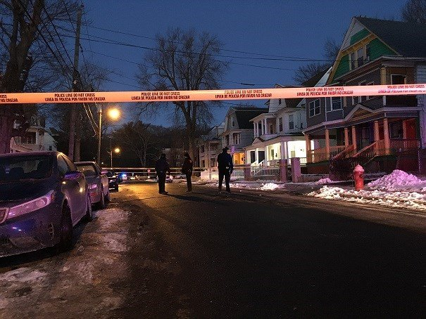 Police block Edgewood Street after a person was shot.  (WFSB)