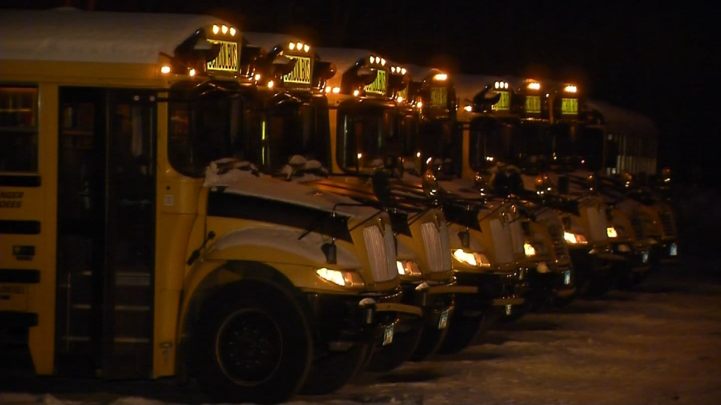 Crews checked buses in Windham to make sure they started after the frigid holiday break. (WFSB)