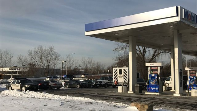 Police are investigating a suspicious death at a gas station in Hartford. (Hartford police)