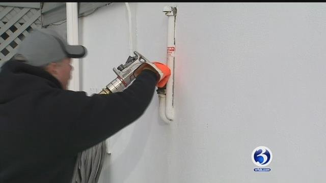 Crews from oil and gas companies have been swamped with deliveries since bitter cold started.(WFSB)