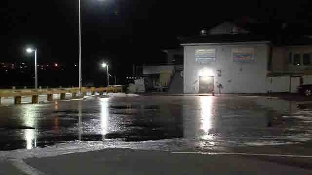 Harbor Park in Middletown is seeing flooding due to the ice and high river (WFSB)