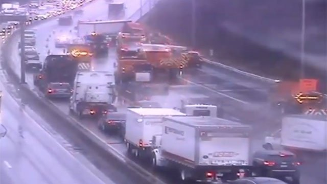 Police are investigating the cause of a crash on Interstate 91 in Wethersfield. (CT DOT)