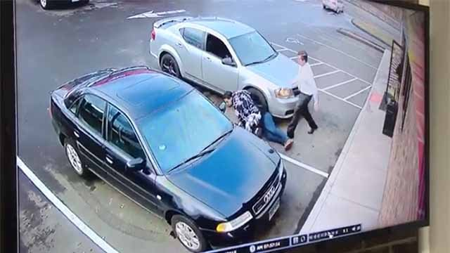 A man turned on a Good Samaritan and tried to steal her car (Sunoco Gas Station surveillance)
