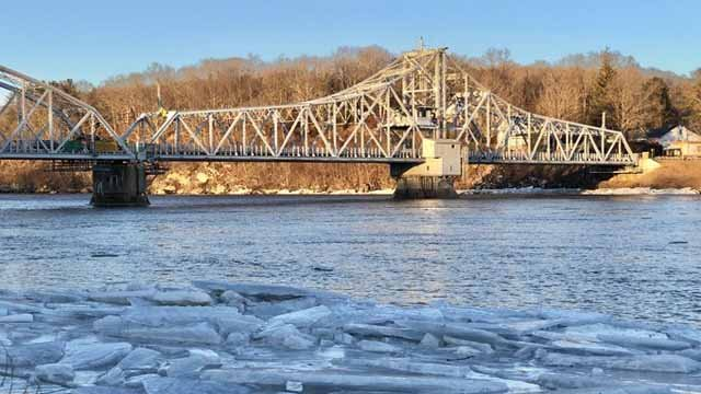 The Route 82 Swing Bridge got stuck on Thursday afternoon (WFSB)