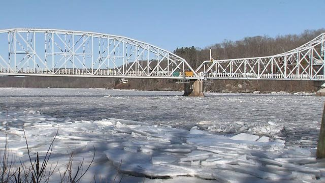 The ice and water are flowing along the CT River (WFSB)