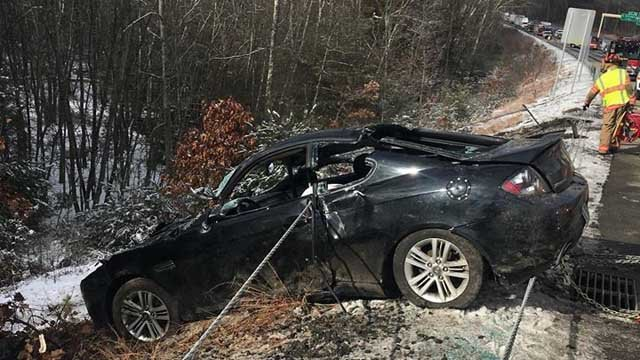 Two people were hurt in a one car crash on I-395 south in Killingly Friday afternoon. (South Killingly Fire Dept.)