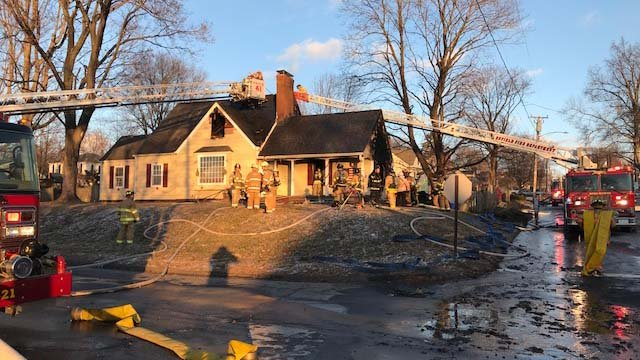A woman who suffered burns in a fire last week has died (WFSB)