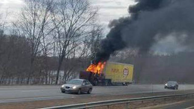 Interstate 395 south had delays on Monday morning due to this tractor trailer fire. (Jessy Kraft/iWitness)