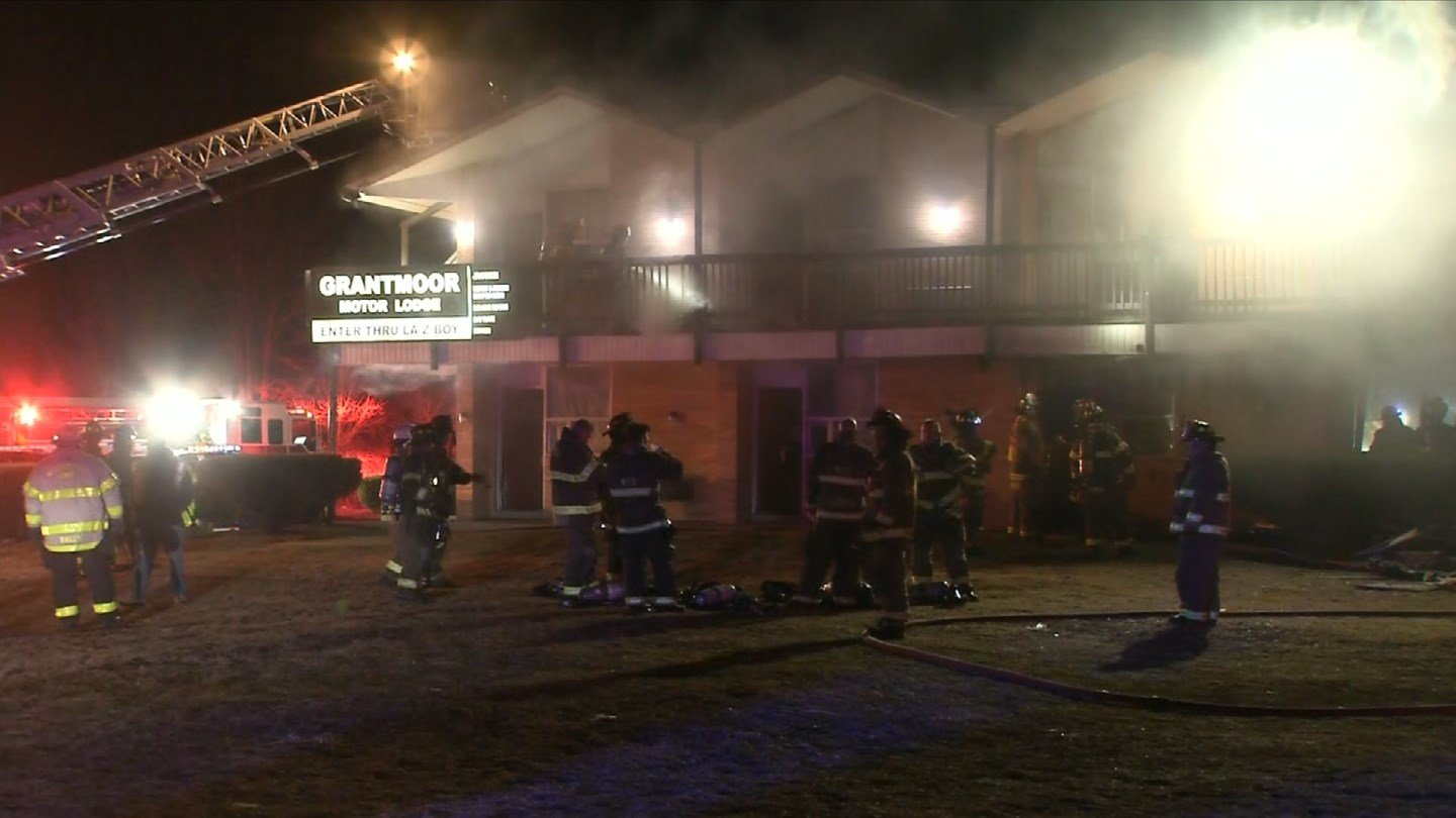 A fire broke out at the Grantmoor Lodge on the Berlin Turnpike in Newington on Tuesday morning. (WFSB)
