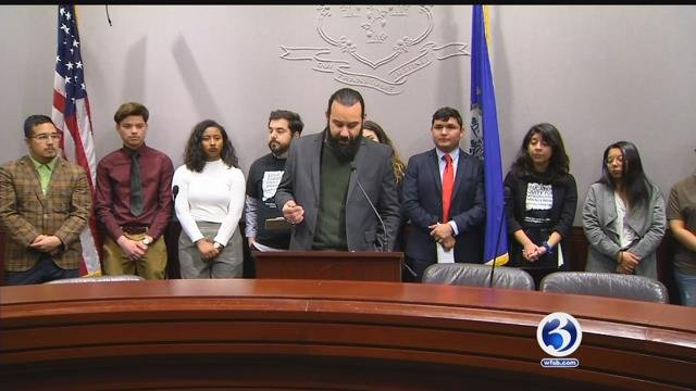 """Dreamers"" in CT are pushing for financial aid (WFSB)"
