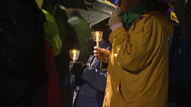 Vigil for Parkland victims held in Newtown (WFSB)