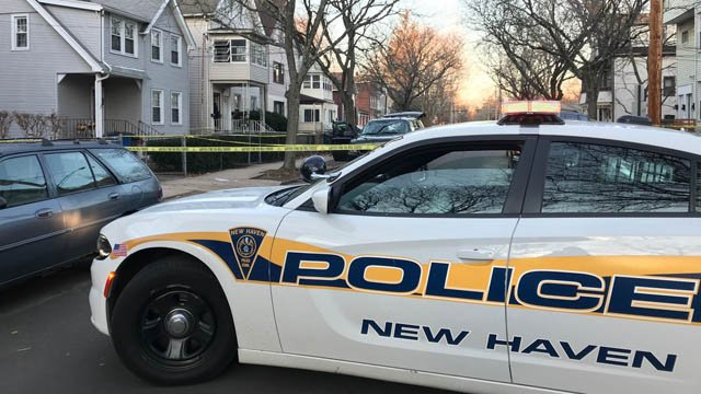 A man with a knife was stabbed in the head on a front porch on Ivy Street in New Haven. (WFSB)