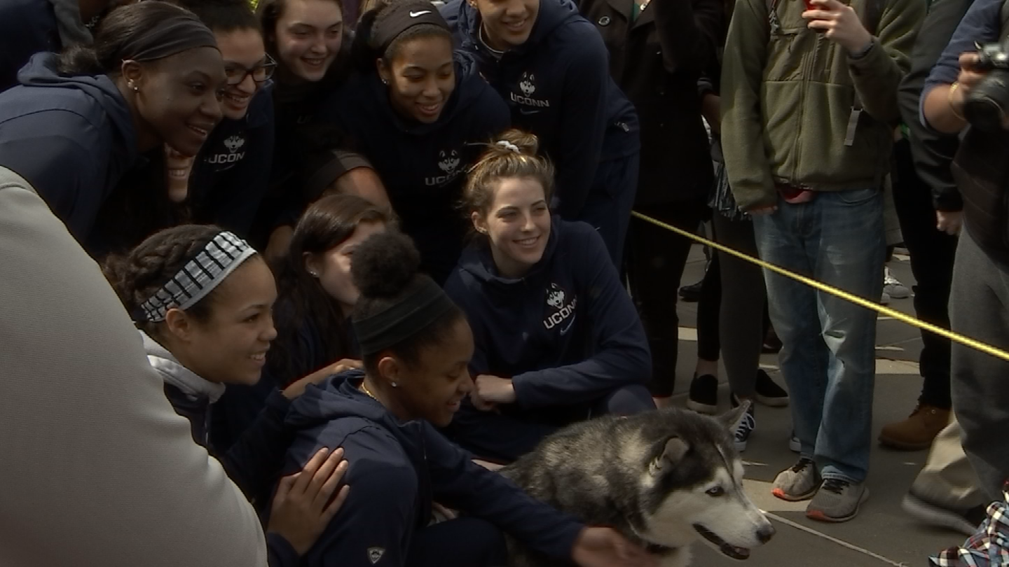 UConn women send-off ceremony before Final Four game