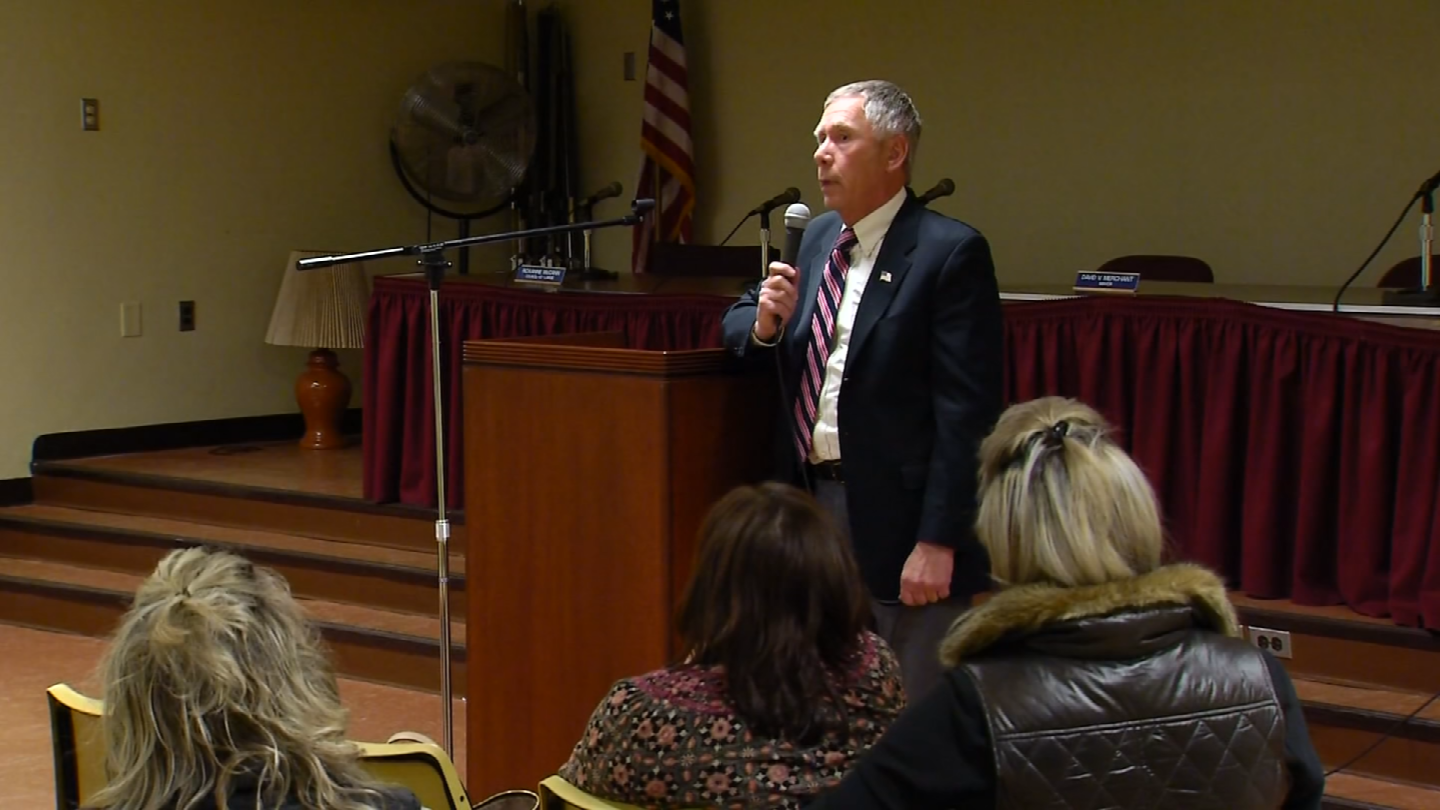 Forum held to discuss school resource officer position in Plymouth