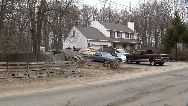 Neighbors continue to fight blighted property in Prospect (WFSB)