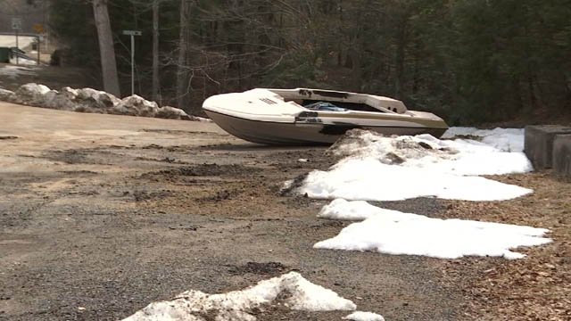 Neighbors are complaining about dumping in Haddam (WFSB)