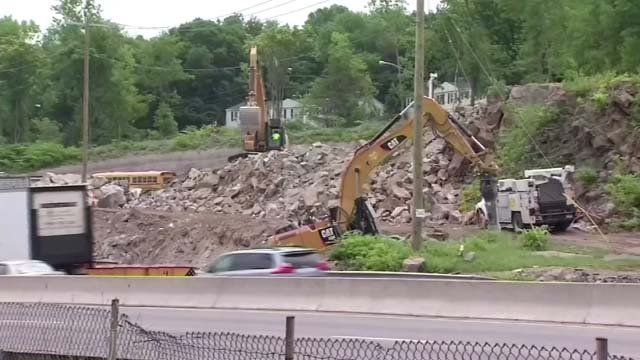 Drivers are reminded about work zone safety as warmer temperatures approach (WFSB)